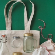 Need some tips on going plastic-free? Come along tomorrow to the Brimbank Community and Civic Centre in Sunshine and hear from Erin Rhoads on her journey to shopping and living without plastic. #wearebrimbank #environment